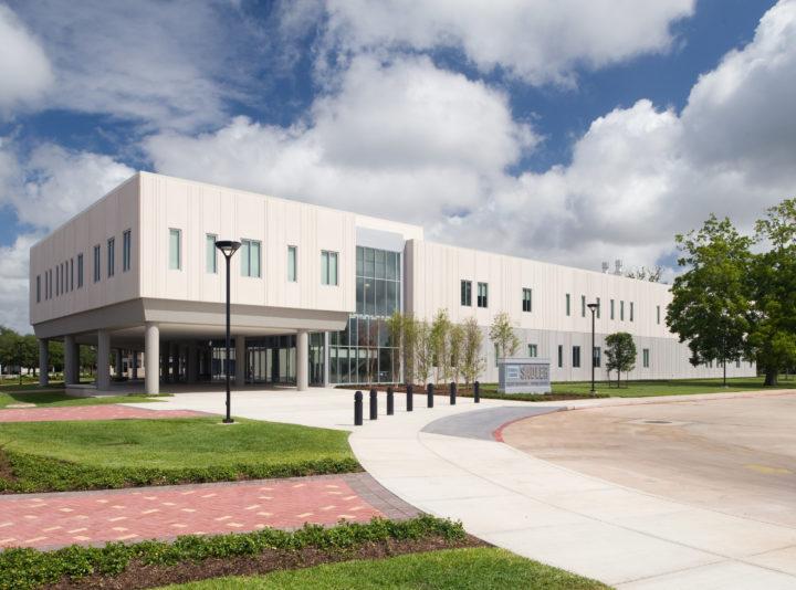 Brazosport College Byron and Sandra Sadler Health Science Building